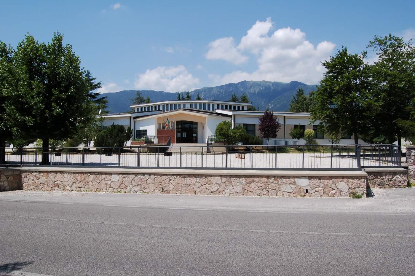 scuole elementary cagliari hotels - photo#17